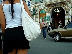 UNDER THE SKIRT UPSKIRTS 35